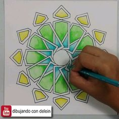 islamic art Video tutorial pas a pas para hacer este diseo geomtrico Islamic Art Pattern, Arabic Pattern, Mandala Art Lesson, Mandala Drawing, Pattern Drawing, Pattern Art, Geometric Drawing, Geometric Mandala, Geometric Painting