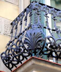 Barcelona - Consell de Cent 200 e by Arnim Schulz, via Flickr