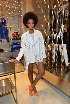 Solange is her OWN woman. Gotta respect that!