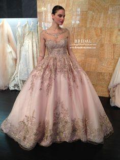 Stephen Yearick's wedding dress creations and http://www.bridalreflections.com/bridal-dress-designers/stephen-yearick