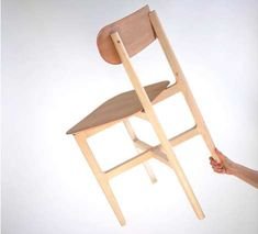 Featherweight+Furnishings+-+The+1.3+Chair+is+Still+Substantial+Enough+to+Support+a+Sitter+(GALLERY)