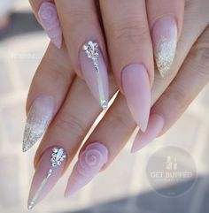 and Beautiful Nail Art Designs Fabulous Nails, Gorgeous Nails, Glam Nails, Cute Nails, Hair And Nails, My Nails, Gel Nagel Design, Pointy Nails, Nagel Gel
