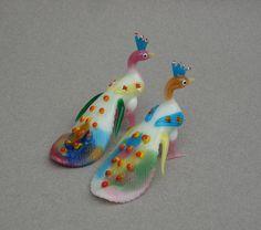 Geblazen glas pauwen 1970s Vintage glazen dieren paar kleurrijke exotische vogel beeldjes miniatuur geblazen glas dier