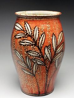 http://www.mudfire.com/kyle_carpenter/kyle_carpenter_kc093_/  Kyle Carpenter Helmer Vase @ Mudfire, Atlanta's Pottery Center