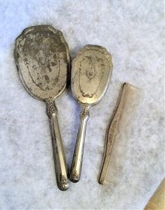 Vintage Silver Plated Dresser Set Brush Comb and Mirror Dresser Sets, Vintage Vanity, Vintage Silver, 1940s, Silver Plate, Buy And Sell, Mirror, Handmade, Stuff To Buy
