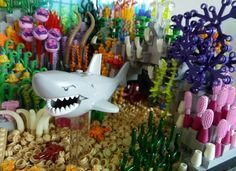 The Coral Reef and the Shark Shark Lego, Lego Zoo, Lego Friends Sets, Lego Building, Building Ideas, Fire Emblem Awakening, Cool Lego, Lego Brick, Lego Creations