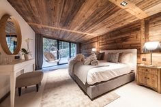 Chalet Joux Plane in Morzine, France Chalet Chic, Ski Chalet, Chalet Style, Modern Lodge, Rustic Modern, Rustic Wood, Chalet Interior, Interior Design, Wooden Lodges