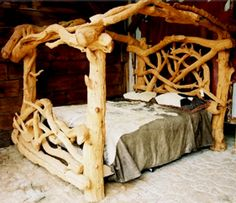 Love love love this bed! Wood Bedroom, Bedroom Furniture, Bedroom Decor, Rustic Log Furniture, Unique Furniture, Grey Interior Design, Rustic Bedding, Interior Design Living Room, Decoration