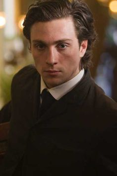 Aaron Johnson Albert Nobbs