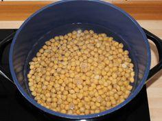 Csicseriborsó főzelék recept lépés 2 foto Beans, Vegetables, Food, Beans Recipes, Veggies, Veggie Food, Meals, Vegetable Recipes, Yemek
