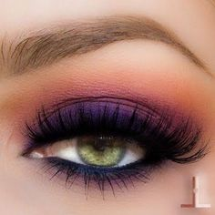 If you'd like to enhance your eyes and also increase your natural beauty, finding the best eye make-up tips and hints can help. You'll want to be sure you put on make-up that makes you look even more beautiful than you already are. Pretty Makeup, Love Makeup, Makeup Inspo, Purple Makeup, Green Eyes Makeup, Makeup Style, Purple Smokey Eye, Smoky Eyes, Makeup Goals