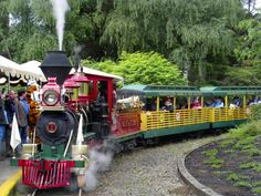 oregon zoo | It's a train ride through time at The Oregon Zoo | OregonLive.com