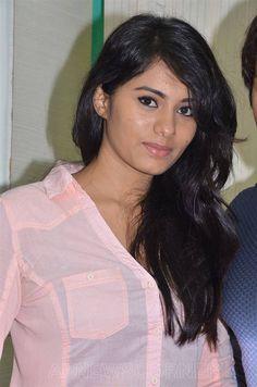 Deepa Sannidhi Stills At Yatchan Movie Press Meet  http://www.apnewscorner.com/gallery/large_view/Image_gallery/6/Album/108087/Album_Title/Deepa-Sannidhi-Stills-At-Yatchan-Movie-Press-Meet.html