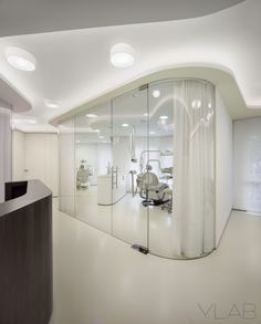 Dental Clinic Vallès & Vallès by YLAB Arquitectos Barcelona