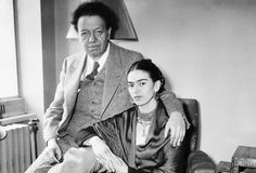 Painter Frida Kahlo was a Mexican artist who was married to Diego Rivera and is still admired as a feminist icon. Frida E Diego, Diego Rivera Frida Kahlo, Ap Art History 250, Tina Modotti, Willem De Kooning, It Takes Two, Great Love Stories, Cultural, Portraits