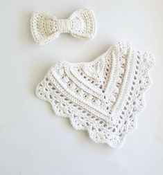 Crochet Baby Bibs, Crochet Baby Clothes, Newborn Crochet, Crochet Gifts, Crochet For Kids, Baby Knitting, Cotton Crochet Patterns, Baby Bibs Patterns, Bandana Bib Pattern