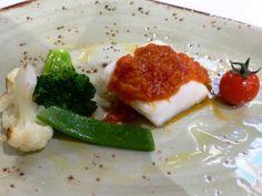 Bacalao desalado cocinado a baja temperatura con Tomate Confitado. Reserva…
