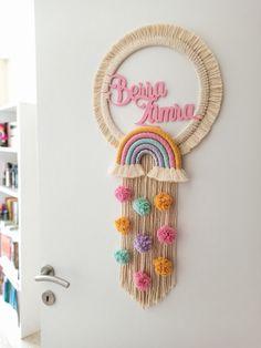 Pom Pom Crafts, Rope Crafts, Diy Crafts Hacks, Diy Crafts For Gifts, Diy Home Crafts, Yarn Crafts, Macrame Design, Macrame Art, Macrame Projects