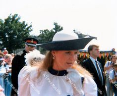 Duchess of York, July 1987 Duchess Of York, Duke Of York, History Of Photography, Love Photography, Walkabout, 3 In One, Hot Days, Boy Birthday, Shit Happens