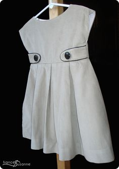 Frances Suzanne | Sewing with Sisters: Leapin' Lizards! The Lizzy Dress is Here...