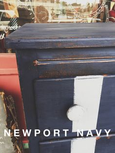 CeCe Caldwells Paints Newport Navy and Seattle Mist by Dear Olympia and Simply Honeybee Art / painted furniture / chest of drawers / refinished / natural chalk + clay paints #dearolympia