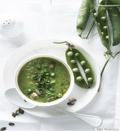Pea, Lettuce And Spring Onion Soup