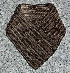 Halskrage - 21. Beskrivningar - Textilhantverk iFokus Knitting Accessories, Shawls And Wraps, Diy And Crafts, Pattern, Knitting Ideas, Tips, Baby Coming Home Outfit, Long Scarf, Knits