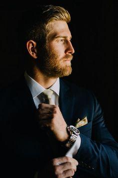 Fotos masculinas e inspirações de barbas para noivos utilizarem na cerimônia do seu Casamento, fotografia de casamentos reais.  Gostaria de Ver mais, acesse : www.denisfotografia.com  Siga-nos Follow Us Instagram: @denisfotografia  #GroomBeard #Wedding #denissilveirafotografia #fotografiadecasamento #casamentos #weddingphotographer #fotografocasamento #fotoscasamento  #beach #weddings #photos #inspiration #phtographer