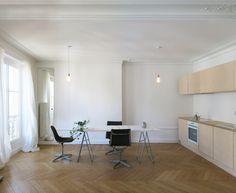 Imagen 1 de 13 de la galería de Apartamento parisino renovado / JKLN. Cortesía de JKLN
