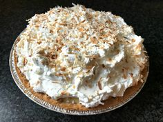 Zoe's Old Fashioned Coconut Cream Pie Recipe - One Hundred Dollars a Month Old Fashioned Coconut Cream Pie Recipe, Best Coconut Cream Pie, Best Dessert Recipes, Fun Desserts, Sweets Recipes, Diet Recipes, Cake Recipes, Cream Pie Recipes, Macaroon Recipes