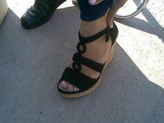 Sandalia nga tejida