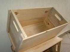 Resultado de imagem para como pintar madeira artesanato