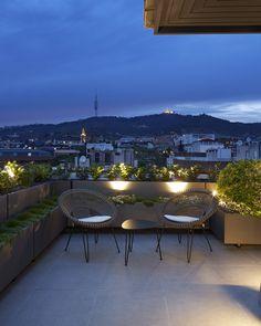 Molins Interiors // arquitectura interior - exterior - interiorismo - decoración - terraza - mobiliairo - iluminación - noche - vistas - chill out