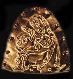 Slavic Scythian Draegon Headdress (scytyjskie królewskie nakrycie głowy)