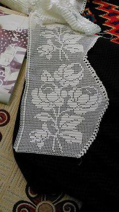 29 ideas for knitting charts rose ganchillo Crochet Lace Edging, Crochet Borders, Crochet Doilies, Filet Crochet Charts, Knitting Charts, Knitting Patterns Free, Crochet Home, Knit Crochet, Lace Patterns