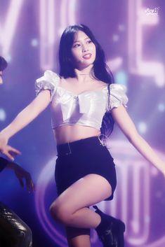 K Pop, Kpop Girl Groups, Korean Girl Groups, Kpop Girls, Rapper, Stage Outfits, Kpop Outfits, Kpop Fashion, Korean Fashion