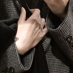 Ulzzang, Tell Me Your Secrets, Hand Reference, Pretty Hands, Cool Stuff, My Vibe, Looks Cool, Mood Boards, Rings For Men