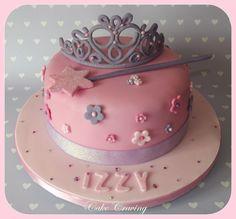 Princess tiara and wand cake - Tiara and wand cake complete with flowers, diamantes and sparkles x