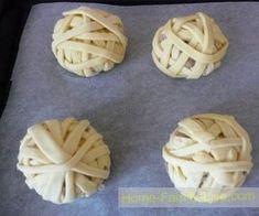 Kolay Puf Böreği Tarifi , , Görüntüsü ile örgü ipini andırıyor değil mi. Böyle değişik ve güzel tarifleri bulunca paylaşmamak olmaz. Kolay puf böreği tarifi hazı...
