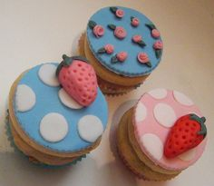 cutest ever Cath Kidston cupcakes