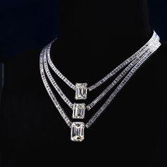 Jahan emerald-cut white diamond necklace- A unique necklace featuring three striking emerald-cut diamonds weighing over 14 and 20 carats Emerald Cut Diamonds, Silver Diamonds, Diamond Cuts, Silver Ring, Buy Diamonds, Uncut Diamond, Colar Art Deco, Diamond Pendant Necklace, Diamond Jewelry