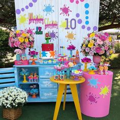 31 ideas for invitation, party favors and decoration - Birthday FM : Home of Birtday Inspirations, Wishes, DIY, Music & Ideas 10th Birthday Parties, Art Birthday, Kid Party Favors, Birthday Party Decorations, Art Party Cakes, Bohemian Birthday Party, Party Activities, Unicorn Party, Instagram Slime
