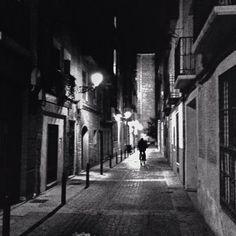 Casco histórico nocturno
