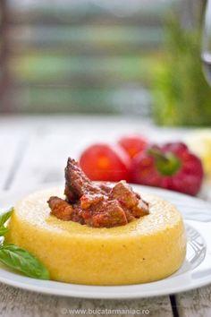 Reteta de tochitura de porc My Recipes, Dessert Recipes, Cooking Recipes, Favorite Recipes, Desserts, Romanian Food, Romanian Recipes, Yummy Food, Tasty