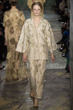 Valentino Spring 2014 Couture Fashion Show - Hanne Gaby Odiele (IMG)