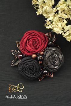 """Купить Брошь """"Гранатовый сок"""" - комбинированный, брошь, брошь цветок, цветы из ткани, текстиль"""