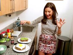 Jamie's Avocado Toast With an Egg on Top makes post-workout eating a snap. Watch on ulive