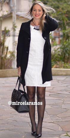Look de trabalho - look do dia - look corporativo - moda no trabalho - work outfit - office outfit -  fall outfit - frio - look de outono - vestido branco - Meia calça preta - black and white