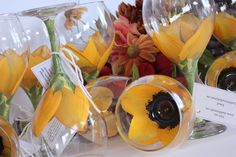 painted wine glasses.. these are really pretty
