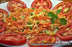 O #almoço pede uma receita simples e prática? Então temos a colorida, deliciosa, refrescante e nutritiva Salada de Repolho e Cenoura!  #Receita aqui: http://www.gulosoesaudavel.com.br/2012/10/15/salada-repolho-cenoura/
